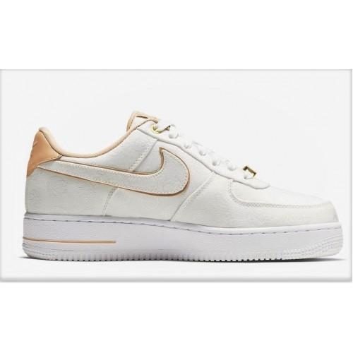 Nike Damen WMNS Air Force 1 Low 07 Lx