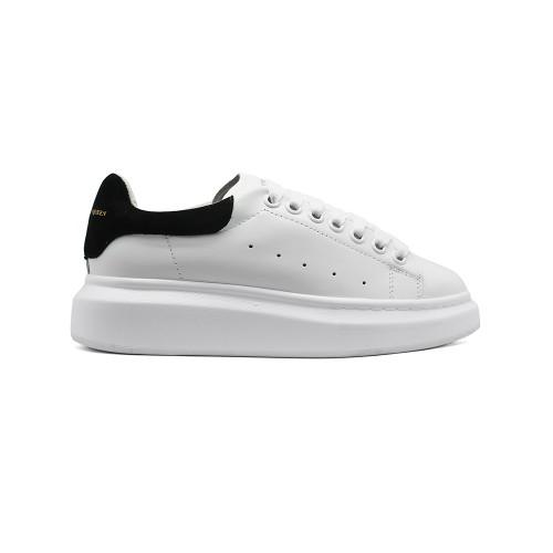 Женские Зимние кроссовки Alexander McQueen Luxe White Black Suede