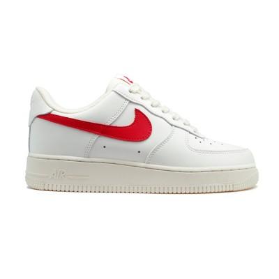 Заказать женские кроссовки Nike Air Force 1 '07 LE сейчас!