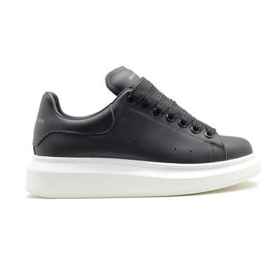 Купить Женские кроссовки Alexander McQueen Luxe Black-White