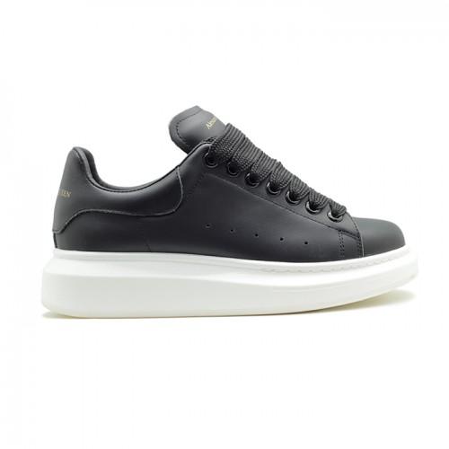 Женские кроссовки Alexander McQueen Luxe Black-White