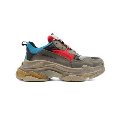 Купить Мужские кроссовки Balenciaga Triple S Multicilor 001  за 11490 рублей!